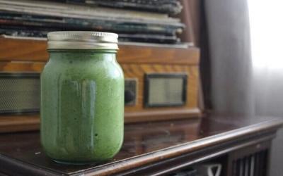 Žalias kokteilis su Spirulina